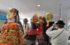 4 Salão Mineiro de Turismo - Bonecos de Mariana MG